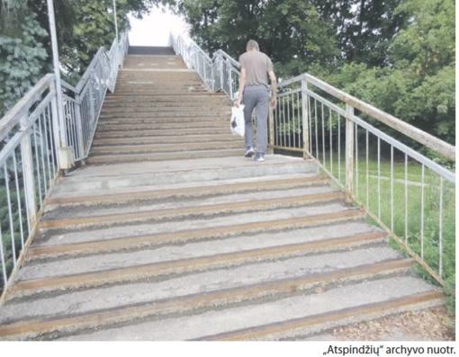 Planuojami pėsčiųjų tilto per geležinkelį tvarkymo darbai
