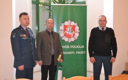 Alytaus apskrities policijos pareigūnų susitikimas su karo korespondentu R. Lapaičiu