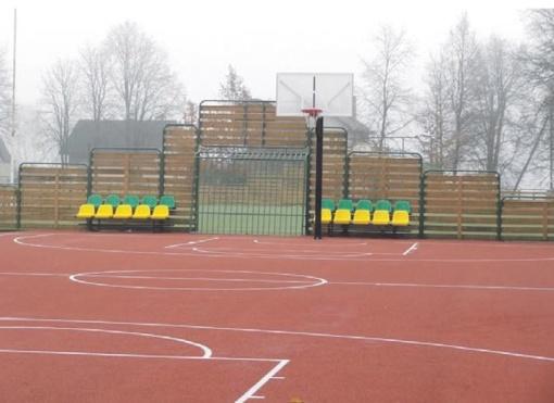 Atnaujintos krepšinio aikštelės