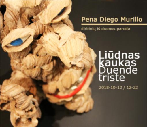 """Originalūs dirbiniai iš duonos kolumbiečio Pena Diego Murillo parodoje """"Liūdnas kaukas"""""""