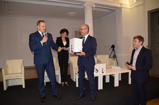 Savivaldybei įteiktas Vidaus reikalų ministerijos apdovanojimas