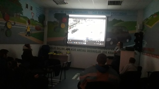 Normundiečių išvyka į Šiaulių policijos komisariato saugaus eismo klasę
