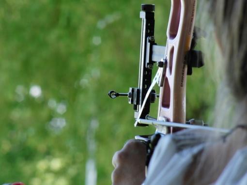 Tarptautinėse šaudymo iš lanko varžybose Alytuje - augantis lygis ir moters pergalė prieš vyrus