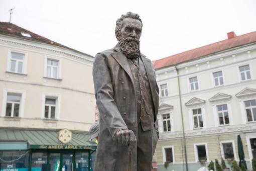 J. Basanavičiaus sutiktuvėms ruošiasi ir Vilniaus kavinės bei restoranai