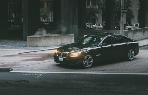 Filmo verta afera: lietuvių pora iš Italijos apgaule parsivarė 50 tūkst. eurų kainuojantį BMW
