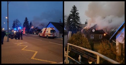 Utenoje dega namas