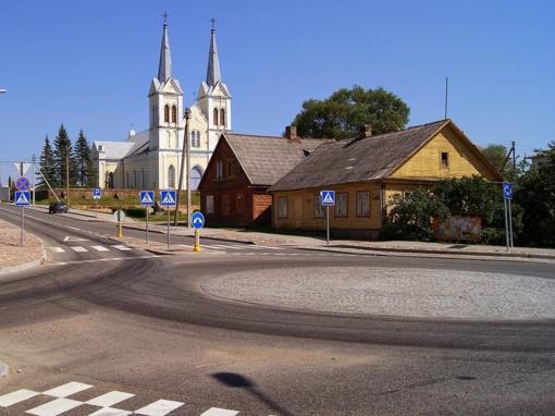 Perkami butai Rokiškio mieste, Obeliuose ir Juodupėje