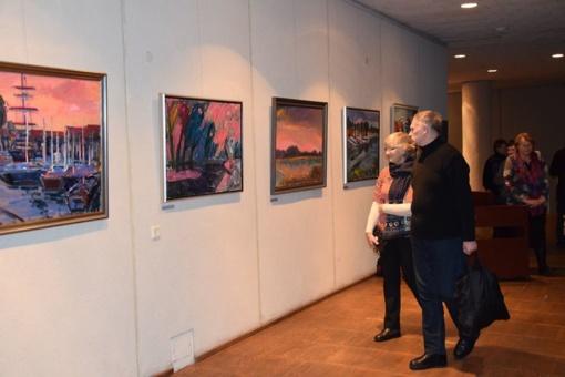 Vilkaviškio kultūros centre atidaryta tapybos darbų paroda