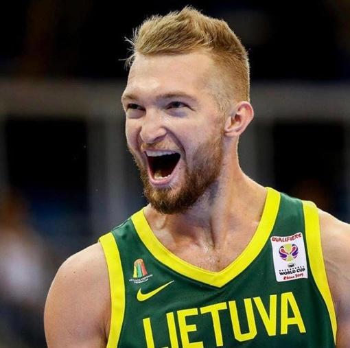 Lietuvos metų krepšininko rinkimuose triumfavo Domantas Sabonis