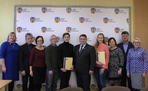 Savivaldybėje svečiavosi Kupiškio meno mokyklos gitaristai