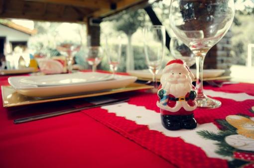 TOP 5 idėjos papuošti jūsų šventinį stalą