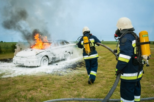 Panevėžio rajone degė automobilis