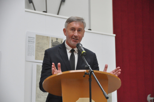 M. Mažvydo premija - kultūros istorikui S. Lūžiui