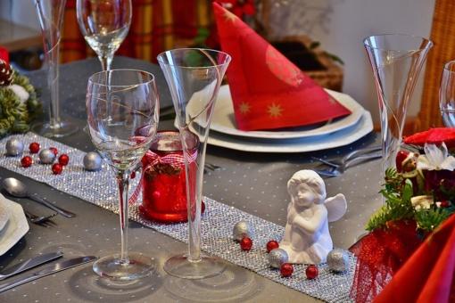 Maisto ekspertės patarimai, kaip didžiųjų metų švenčių stalui pasiruošti nebrangiai