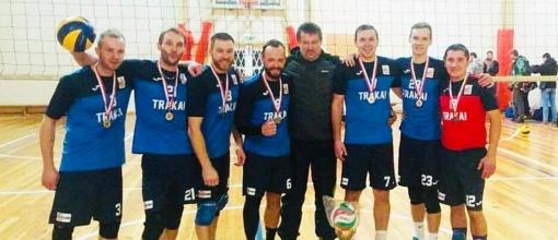 Trakų tinklinio mėgėjų komanda dalyvavo turnyre Lenkijos 100-mečiui paminėti