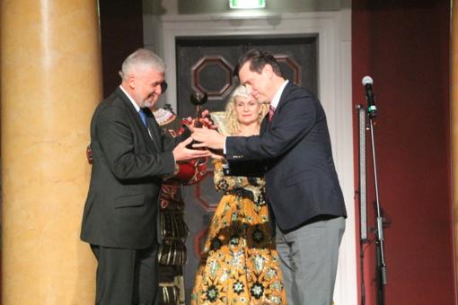 """Prestižinio apdovanojimo """"Auksinis Feniksas"""" nugalėtojas – Savivaldybės meras"""