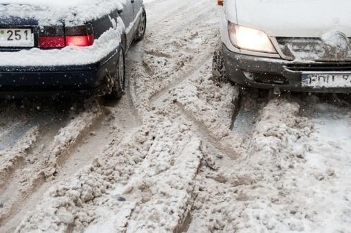 Kelininkai: eismo sąlygos Lietuvoje išlieka sudėtingos