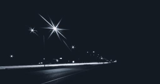 Naktį rytiniuose rajonuose kai kur šlapdriba, kitur - lietus, vietomis tvyros rūkas
