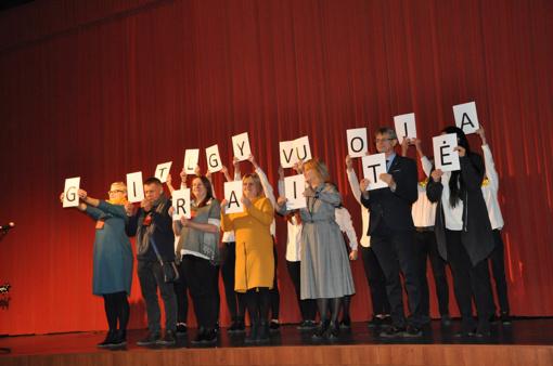 """Teatras """"Giraitė"""" atšventė 20-metį"""