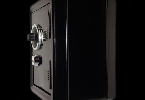 Kauno rajone pavogtas seifas su ginklais ir juvelyriniais dirbiniais
