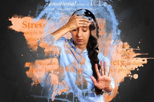 6 fiziniai nerimo požymiai, kuriuos reikia įsidėmėti - tai pastebėję turėtumėte susirūpinti savo psichine sveikata