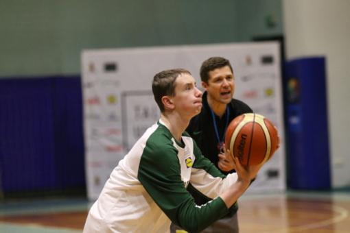 Prieš didžiąsias metų šventes - krepšinio talentų stovykla Druskininkuose