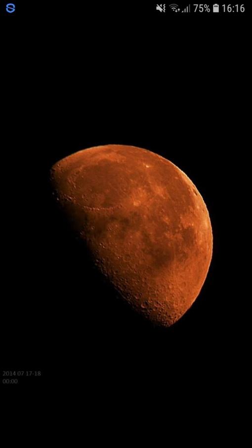 Kuo skiriasi astrologija ir astronomija ir kuo tikėti?