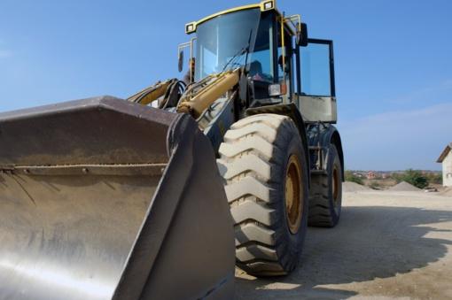 Danijoje pavogtas traktorius surastas garaže Trakų rajone