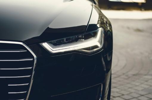 Avarijos ir vagys automobilių savininkams kainuoja vis brangiau