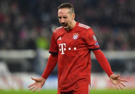 """Po """"tviterio audros"""" dėl auksinio kepsnio – didelė bauda futbolo žvaigždei F. Ribery"""