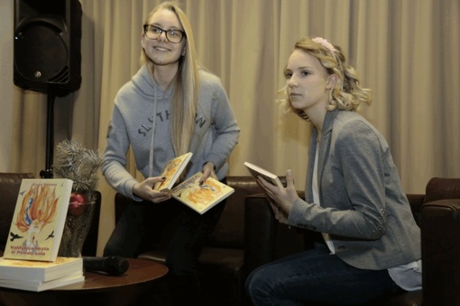 Devintokė išleido savo pirmąjį romaną, kurį iliustravo jos draugė šeštokė
