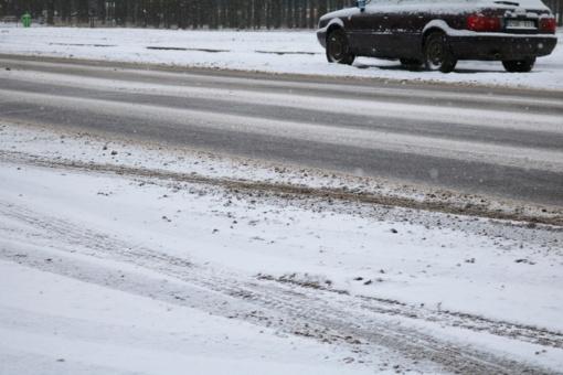 Suprastėjus oro sąlygoms, daugiau dėmesio būtina skirti gatvių bei šaligatvių priežiūrai