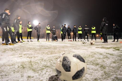 """FA """"Šiauliai"""" komanda susirinko į pirmąją treniruotę 2019 metais"""