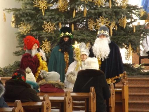 Po tradicinių vaikštynių – dovanos iš Trijų Karalių delnų