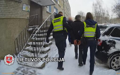 Klaipėdos pareigūnai operatyviai sulaikė prekybos centrą susprogdinti ir darbuotojus nužudyti grasinusį vyrą