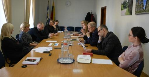 Savivaldybėje diskutuota, kaip prasmingiau įamžinti M.K. Čiurlionio atminimą