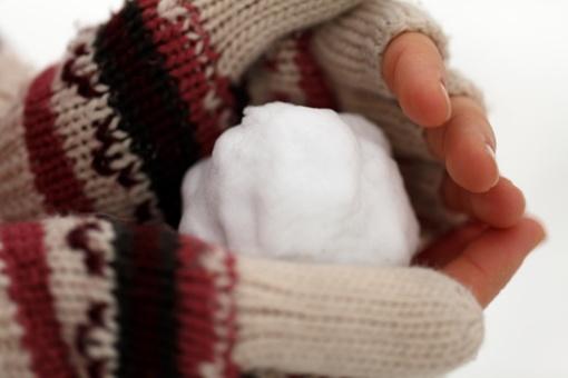 Šąlančios galūnės: kada tai tik šalto oro pasekmė, o kada – sveikatos sutrikimų požymis