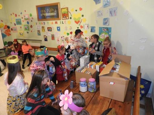 Ignalinos parapijos vaikų dienos centre šventinis laikotarpis užbaigtas mero apsilankymu