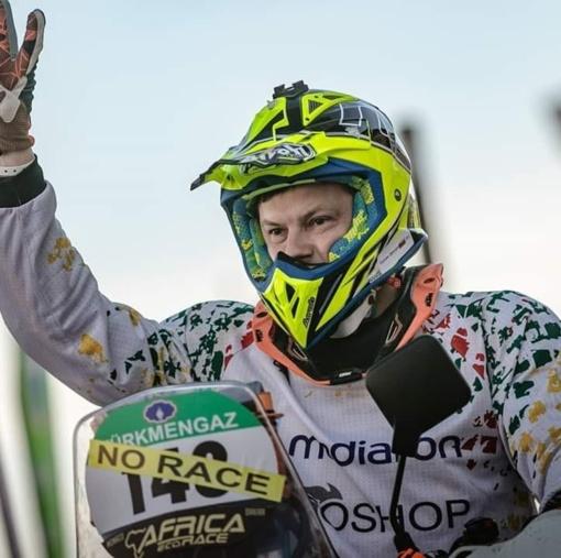 """Motociklininkas T. Jančys """"Africa Eco Race"""" ralyje pakilo į 21-ąją vietą"""