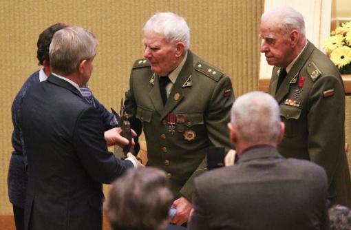 2018 metų Laisvės premija įteikta Lietuvos Laisvės Kovos Sąjūdžio partizanų grupei