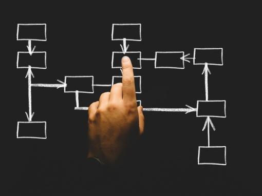 """100 išradimų autorius prof. Rymantas Jonas Kažys: """"Jei nori ko nors pasiekti moksle, turi elgtis ne pagal įprastą algoritmą"""""""