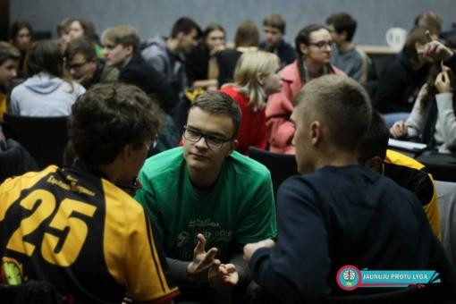 Ketvirtasis Jaunųjų protų lygos žaidimas