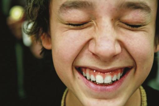 Dantų protezavimo įkainiai neturi jokios prasmės, suvokiant naudą