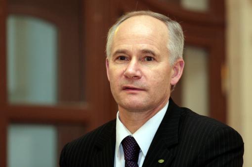 Valdantieji antradienį tikisi A. Monkevičiaus priesaikos Seime