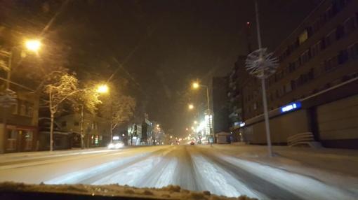 Žiema atkeliavo į Šiaulius: žmonės piktinasi nevalytais keliais (papildyta)