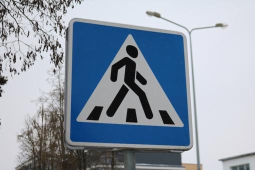 Telšiuose partrenkta pėsčioji