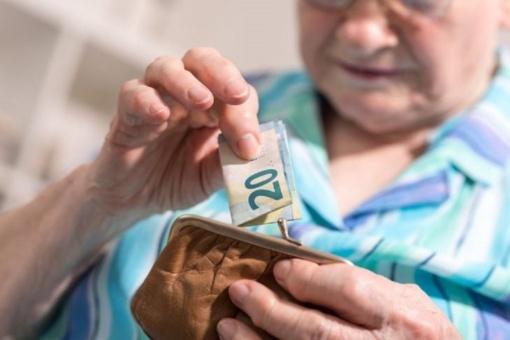 Pensijos nešiotojas laukiamas  svečias