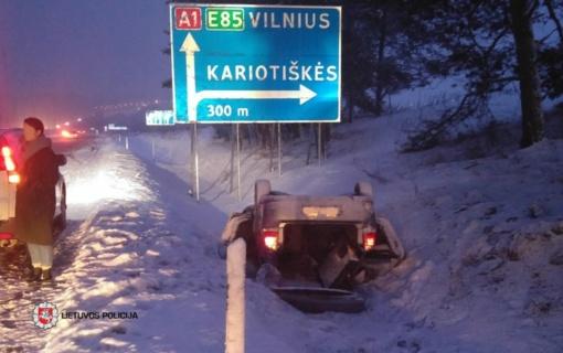 Savaitgalį eismo įvykiuose žuvo trys žmonės