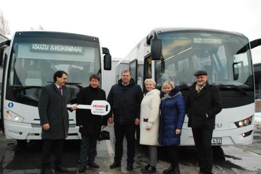 Akmenės rajonas praturtėjo dviem autobusais