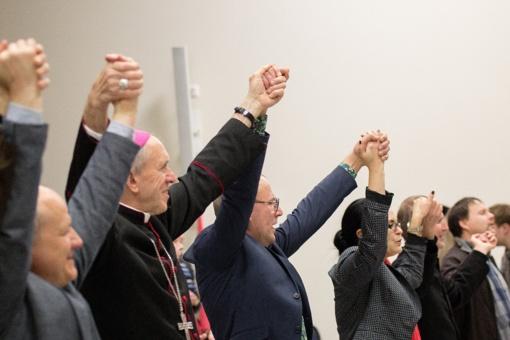 Krikščionių vienybės savaitgalis Šiauliuose, arba šlovinimo tėkmėje